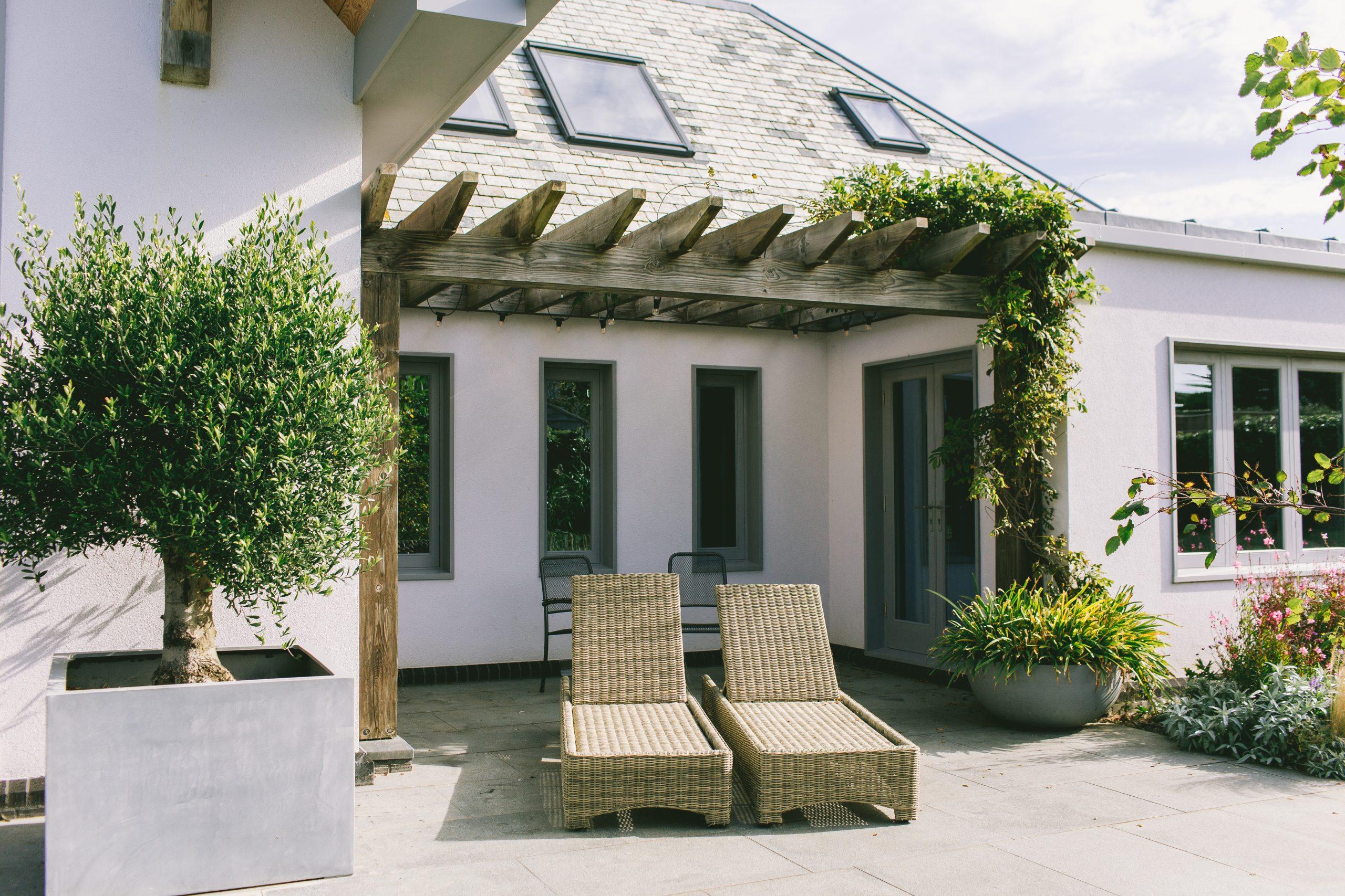 Contemporary garden design and pergola