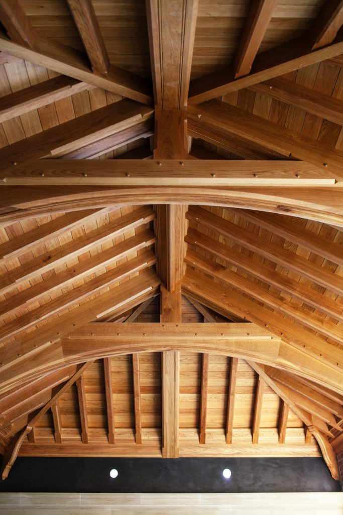 Bladed truss ceiling in new country house