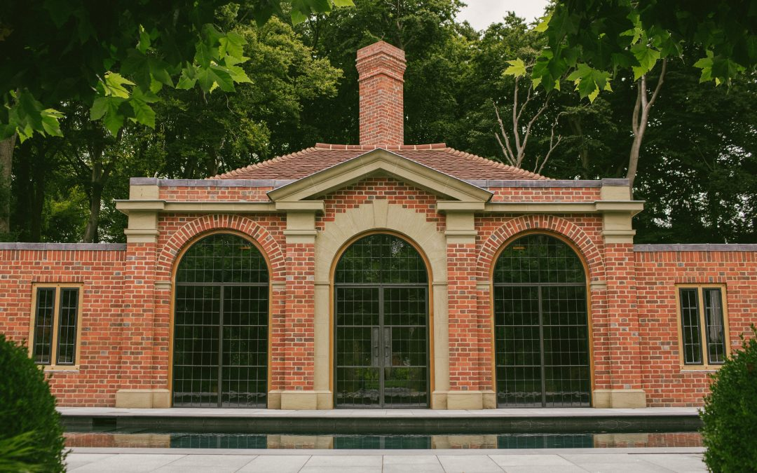 Summerhouse, Pool and Garden Spa, Henley-on-Thames
