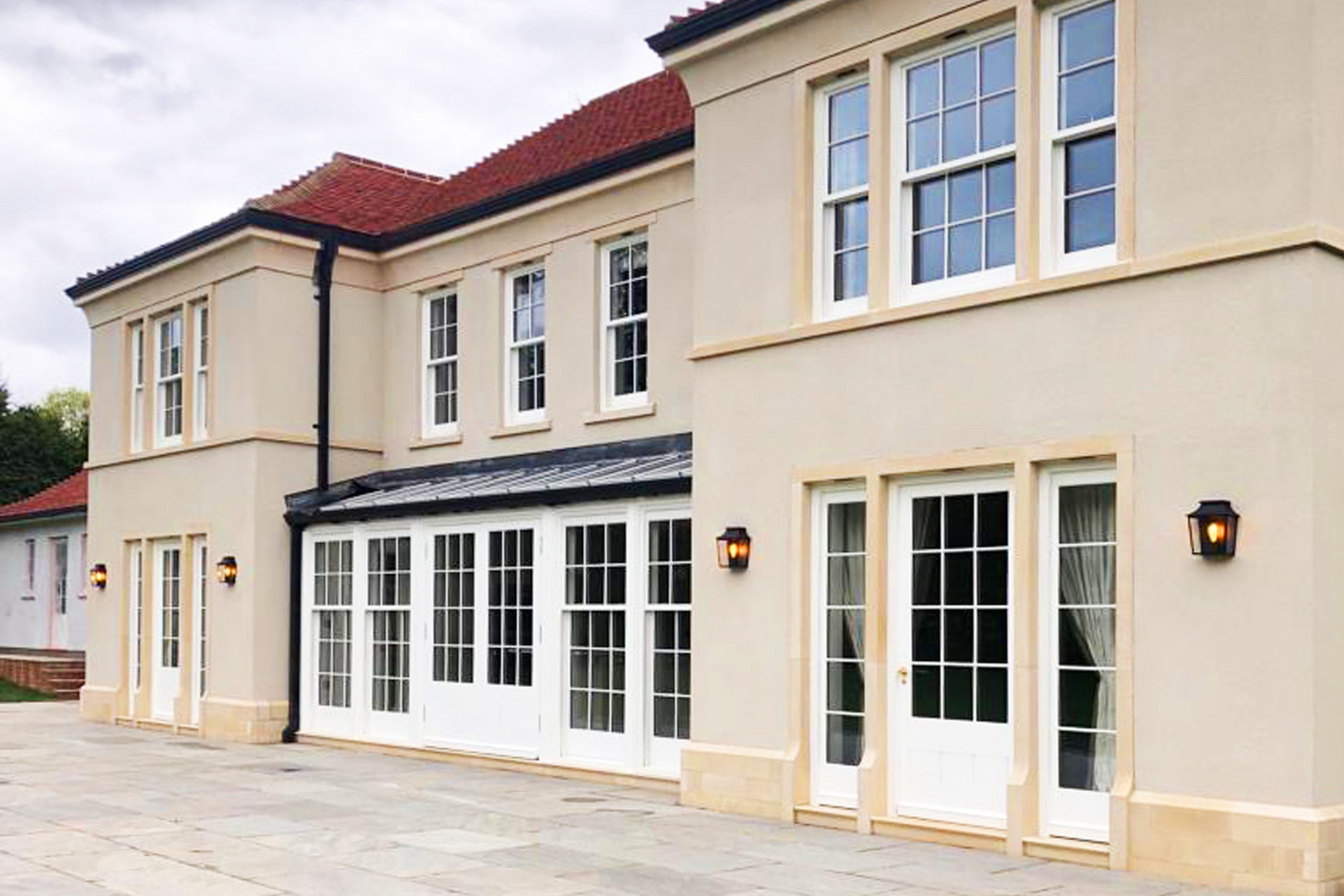 New classical house in English countryside