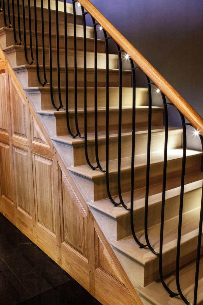 Classical stone carved staircase with bespoke handrail